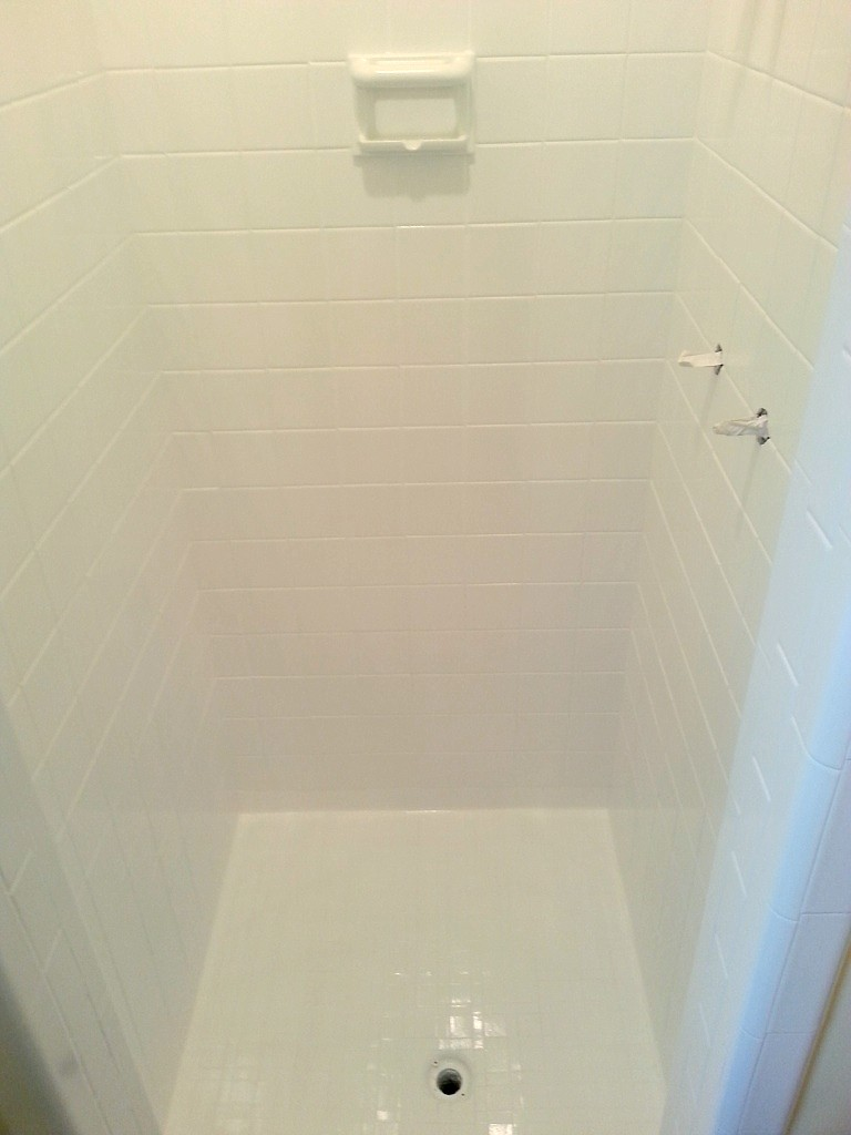 Ceramic Tile Refinishing/Re-Glazing - Jacksonville FL